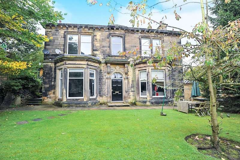 2 Bedrooms Flat for sale in Otley Road, East Morton, Keighley, BD20