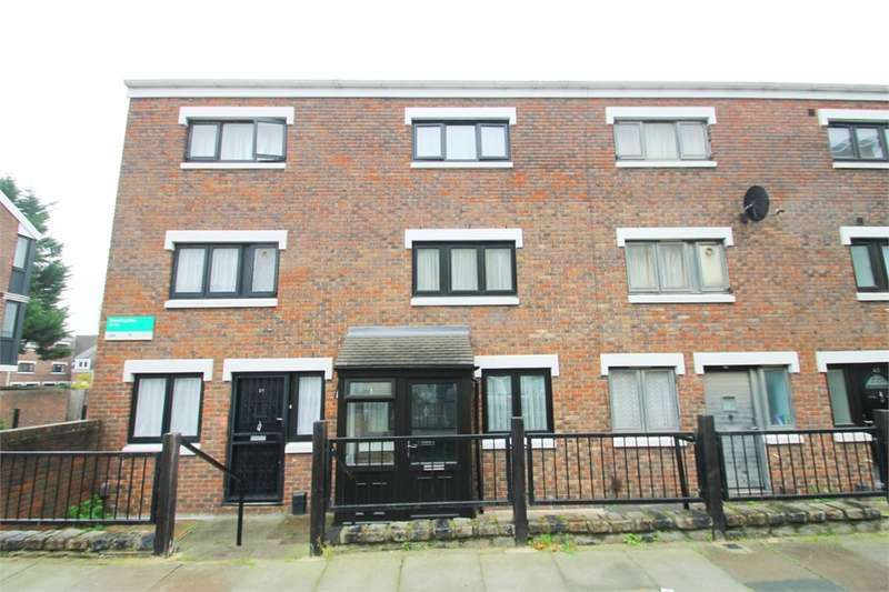 4 Bedrooms Terraced House for sale in Shearling Way, N7