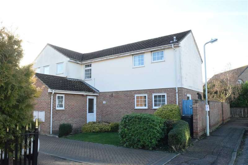 3 Bedrooms Semi Detached House for sale in Cawkwell Close, Chelmer Village, Chelmsford