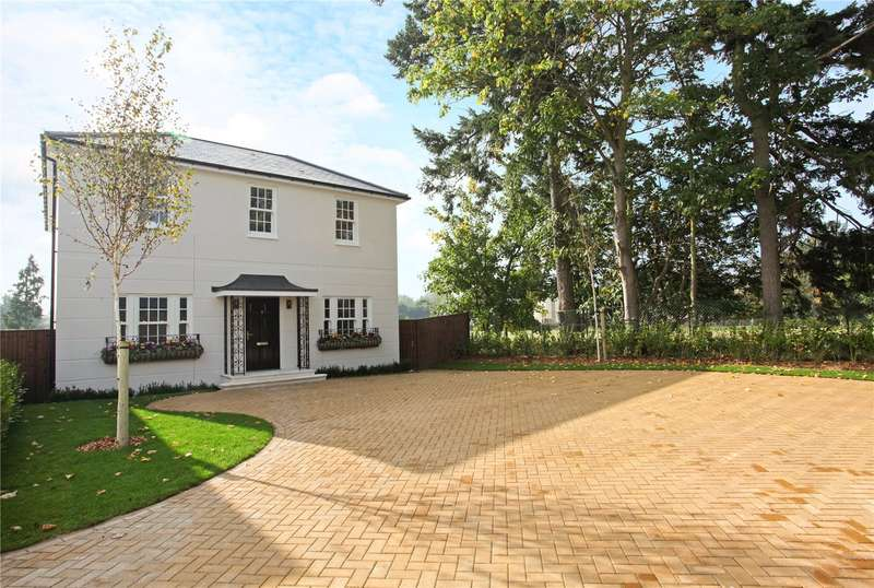 4 Bedrooms Detached House for sale in Montagu Mews, Datchet, Berkshire, SL3