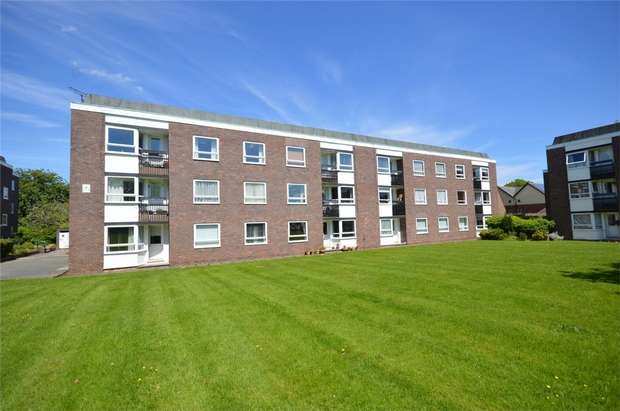 2 Bedrooms Flat for rent in Lancelyn Court, Spital, Wirral