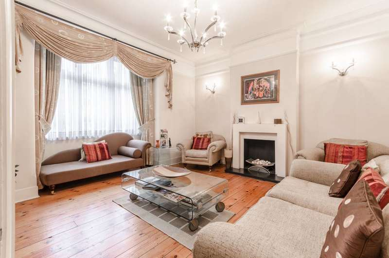 4 Bedrooms House for sale in Forest View Road, Walthamstow, E17