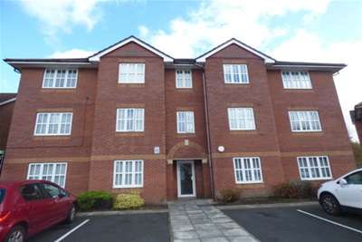 3 Bedrooms Flat for rent in Dickens Close, L32 9SW
