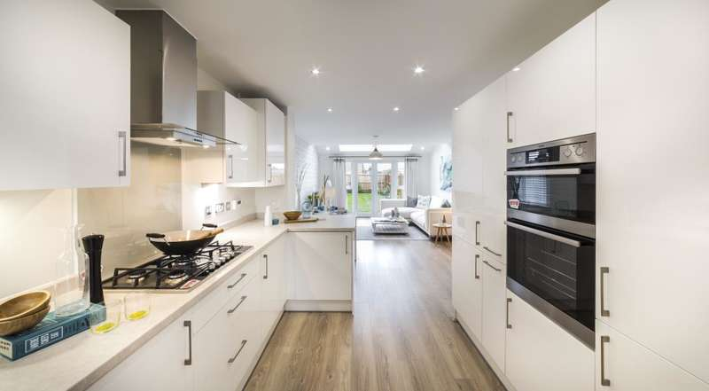 3 Bedrooms Semi Detached House for rent in Mullineux Street, Worsley