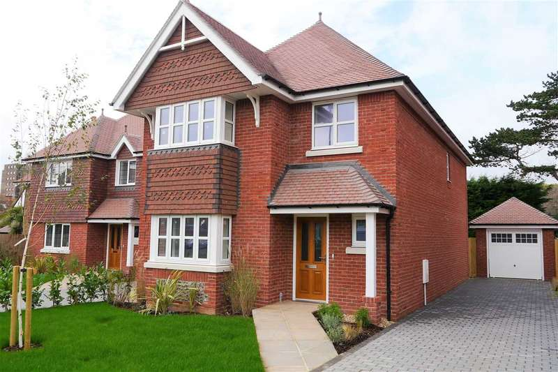 4 Bedrooms Detached House for sale in St Winefrides Road, Plot D, Littlehampton
