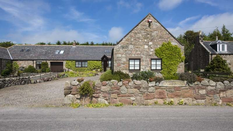 6 Bedrooms Farm House Character Property for sale in South Cookney, Netherley, Stonehaven, Aberdeenshire, AB39 3RX