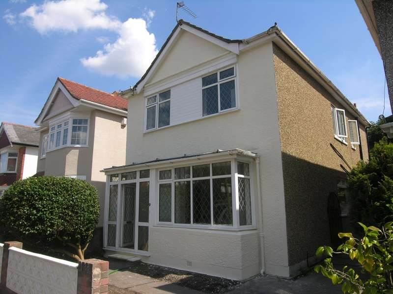6 Bedrooms House for rent in 6 bedroom property in Talbot Park