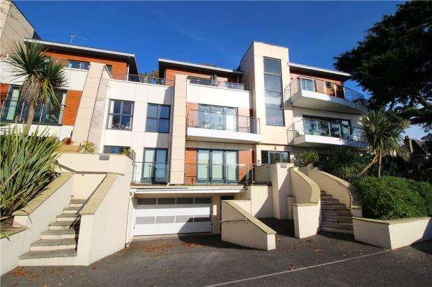 3 Bedrooms Penthouse Flat for sale in Lower Parkstone, Poole, Dorset, BH14