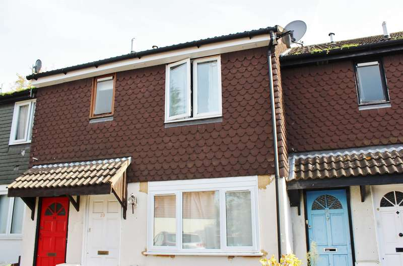 1 Bedroom Ground Maisonette Flat for sale in Celadine Drive, Thamesmead, London, SE28 8EP