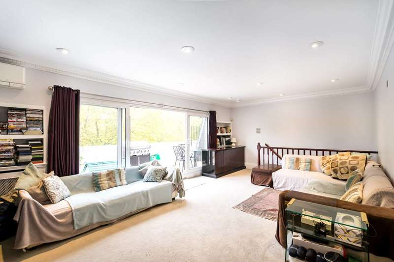 3 Bedrooms Flat for sale in St Georges Square, Pimlico, SW1V