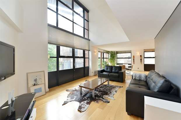 2 Bedrooms Flat for sale in City Pavilion, Britton Street, Farringdon, London