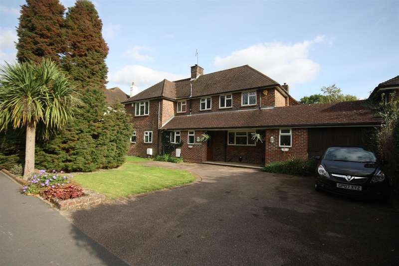 3 Bedrooms Semi Detached House for sale in London Road South, Merstham
