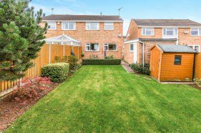 3 Bedrooms Semi Detached House for sale in Norfolk Road, Desford, Leicestershire