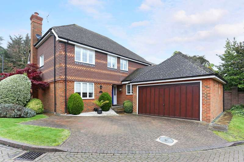 5 Bedrooms Detached House for rent in Lavender Gardens Harrow Weald HA3