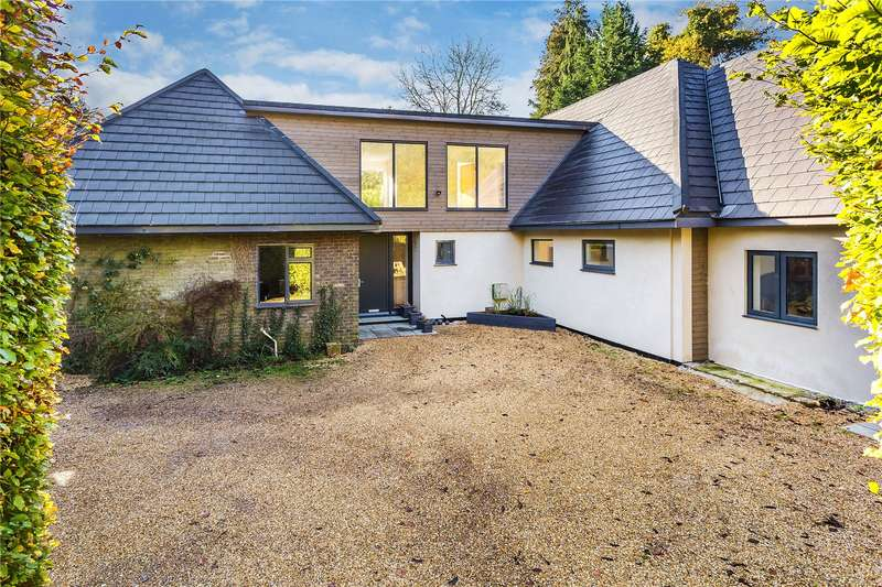 5 Bedrooms Detached House for sale in Gatton Bottom, Merstham, Surrey, RH1