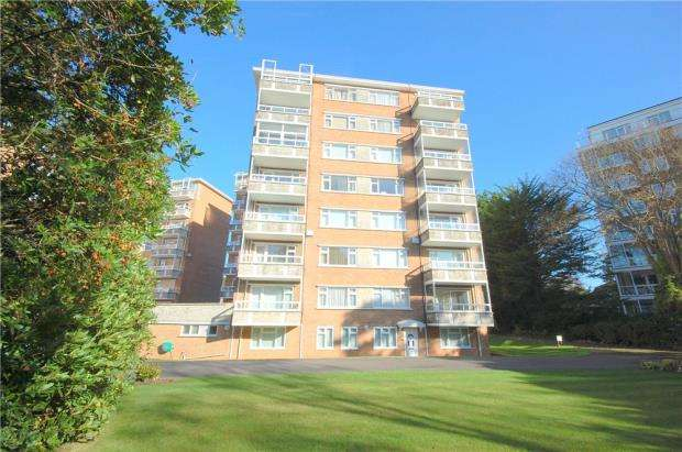 3 Bedrooms Flat for sale in Bournemouth, Dorset, BH4