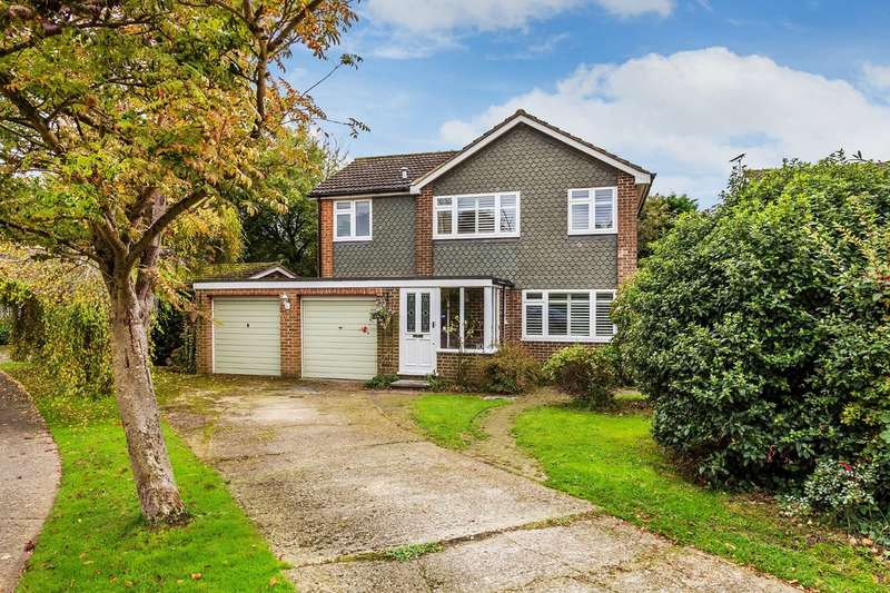 4 Bedrooms Detached House for sale in The Hawthorns, Hurst Green