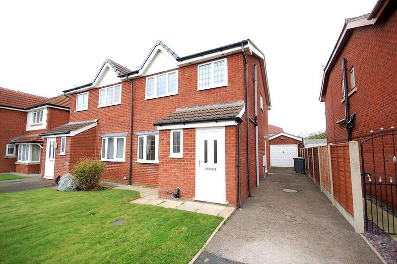 3 Bedrooms Semi Detached House for sale in Marshdale Road, Blackpool