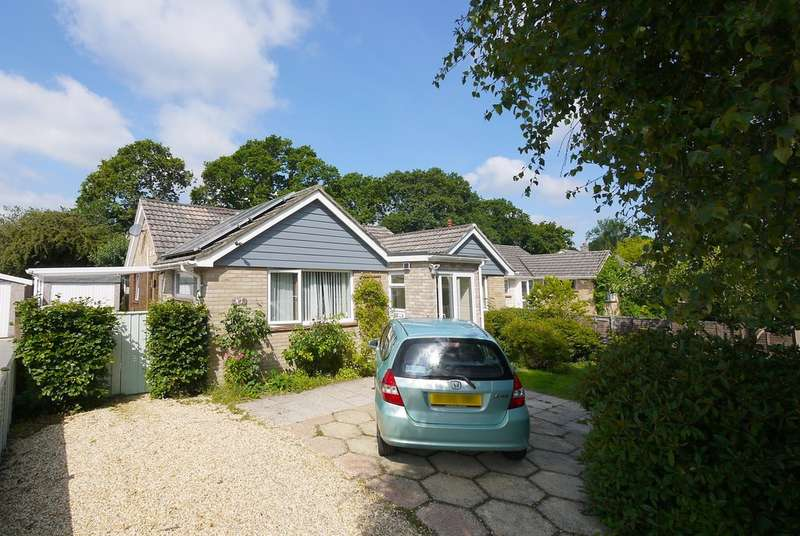 3 Bedrooms Detached Bungalow for sale in Gainsborough Avenue, New Milton, Hampshire