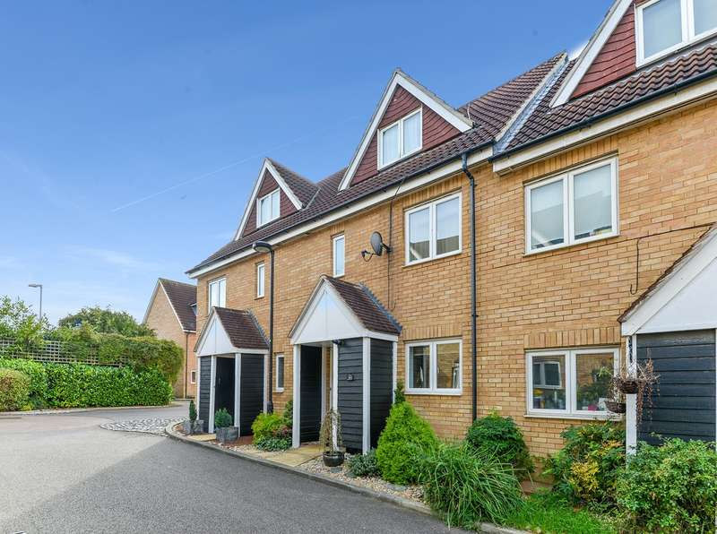 4 Bedrooms Terraced House for sale in Barnack Grove, Royston, SG8