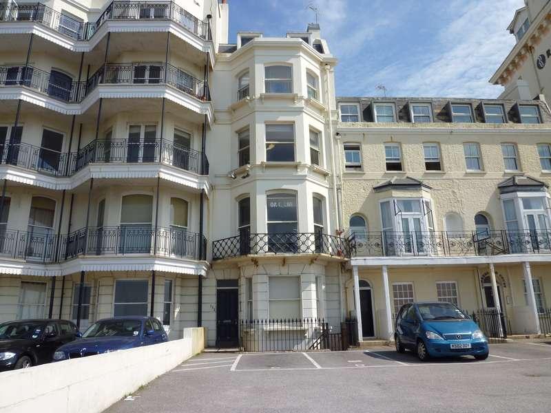 2 Bedrooms Flat for rent in Kings Road, Brighton