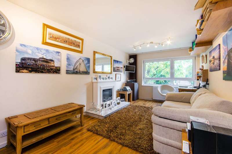 1 Bedroom Flat for sale in Bartholomew Close, St John's Hill, SW18