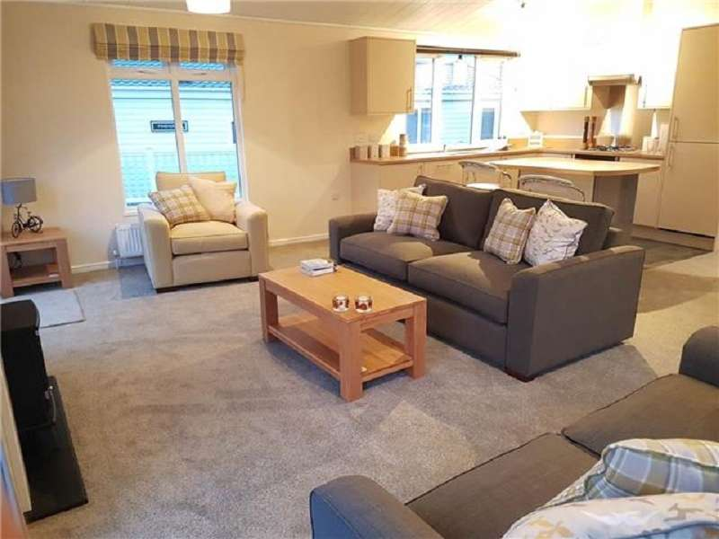 2 Bedrooms Park Home Mobile Home for sale in Lower Hyde Holiday Park, Shanklin, Isle Of Wight, PO37 7LL