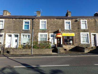 3 Bedrooms Terraced House for sale in Windsor Street, Colne, Lancashire, ., BB8