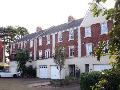 3 Bedrooms Terraced House for sale in Macrae Road, Ham Green, Bristol