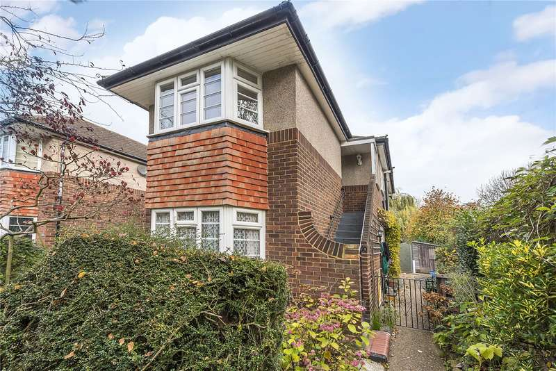 2 Bedrooms Flat for sale in Greville Close, Twickenham, TW1