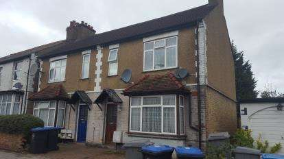 2 Bedrooms Maisonette Flat for sale in Eton Avenue, Wembley, Middlesex