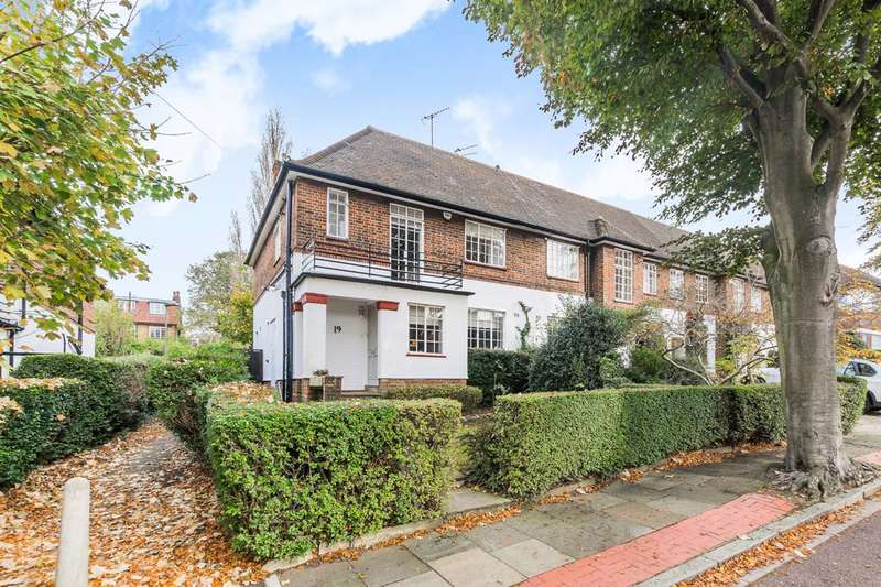 3 Bedrooms House for sale in Holyoake Walk, Hampstead Garden Suburb, N2