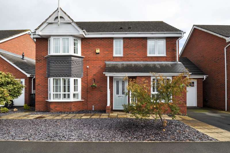 4 Bedrooms Detached House for sale in Yeomans Close, Astwood Bank, Redditch, B96