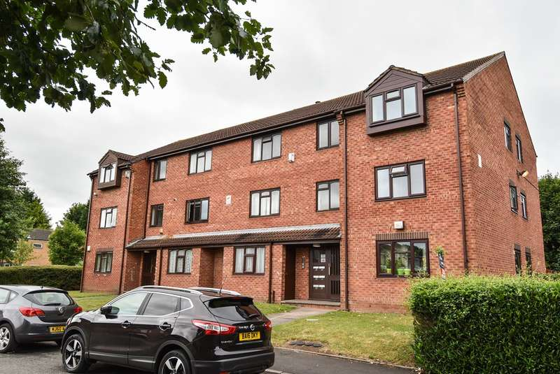 2 Bedrooms Flat for sale in Alpha Close, Balsall Heath, Birmingham, B12