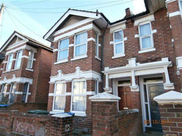 7 Bedrooms Semi Detached House for rent in Wilton Road, Southampton