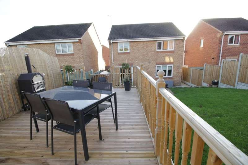 4 Bedrooms Detached House for sale in Kingsley Drive, Townville, Castleford, WF10