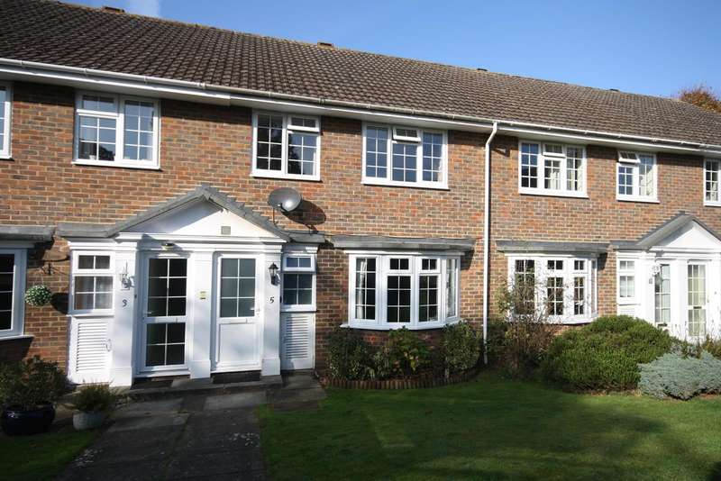 3 Bedrooms House for sale in Yeats Close, RH1
