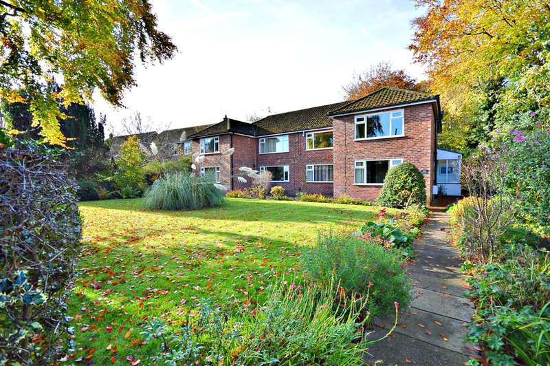 3 Bedrooms Apartment Flat for sale in Hulme Hall Road, Cheadle Hulme