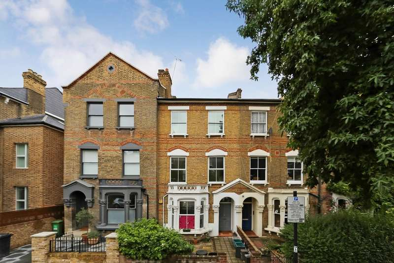 1 Bedroom Flat for sale in Highbury Hill, N5 1AT