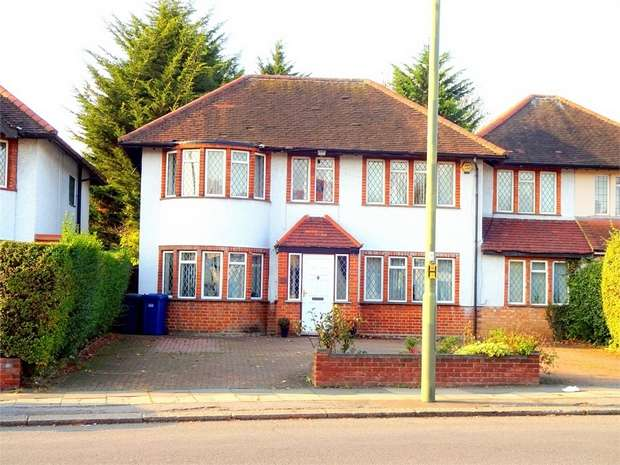 4 Bedrooms Link Detached House for sale in Selvage lane, Mill Hill