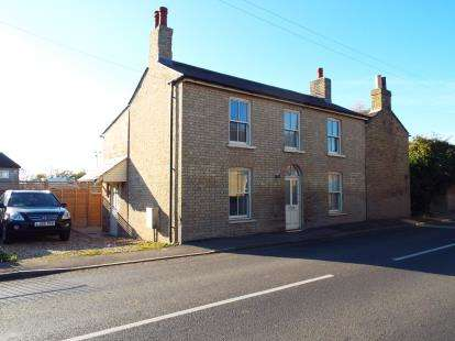 3 Bedrooms Detached House for sale in Haddenham, Ely, Cambridgeshire