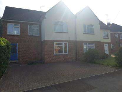 3 Bedrooms Semi Detached House for sale in The Fairway, Banbury, Oxfordshire