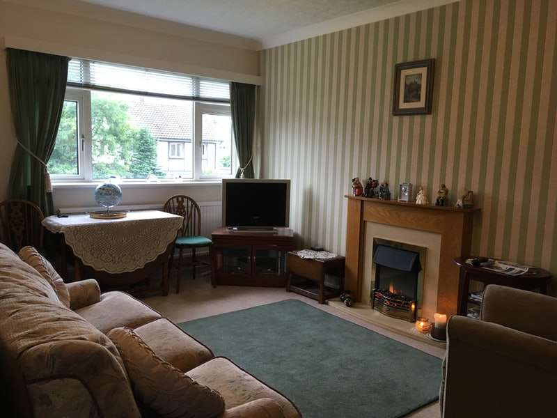 2 Bedrooms Flat for sale in Rookwood Close, Llandaff, Cardiff, Glamorgan, CF5