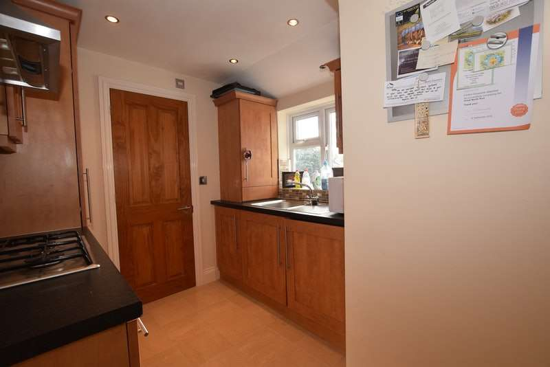 1 Bedroom Flat for sale in Crofton Road, Orpington, BR6