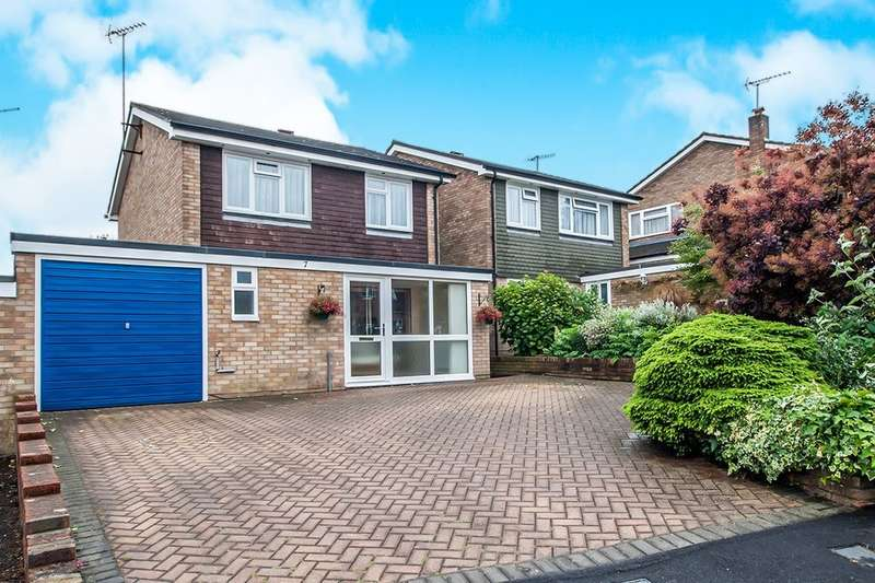 3 Bedrooms Detached House for sale in Tannsfield Drive, Hemel Hempstead, HP2