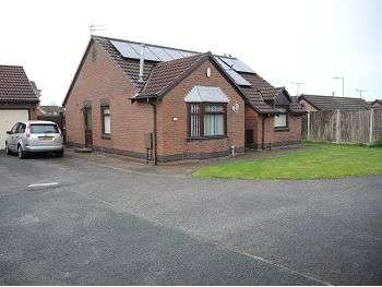 3 Bedrooms Detached Bungalow for sale in Topcliffe Grove, Croxteth Park, Liverpool