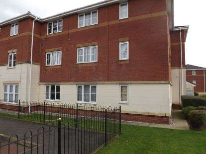 2 Bedrooms Flat for sale in Mount Pleasant Avenue, St. Helens, Merseyside, WA9
