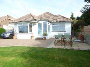 3 Bedrooms Bungalow for sale in Claremont Road, Denton, Newhaven, East Sussex