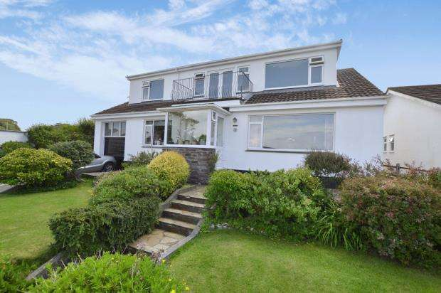 5 Bedrooms Detached Bungalow for sale in Gwelanmor Road, Carbis Bay, St. Ives, Cornwall