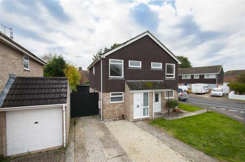 2 Bedrooms Semi Detached House for sale in Brentwood, Ashford